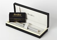 Scrikss Noble35 İnci Beyaz Gövde / Parlak Altın Kaplama Aksam Tükenmez Kalem<br><img src=resim/isyaz.gif border=0/>